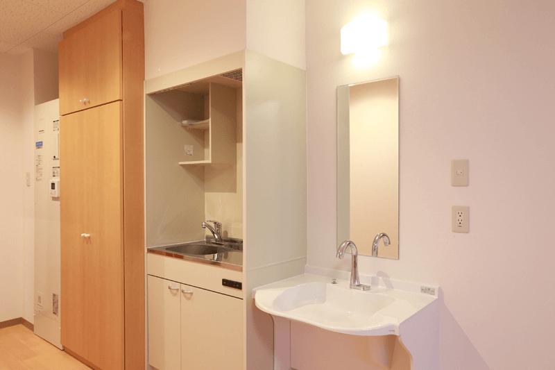 居室例1(キッチン・クローゼット)